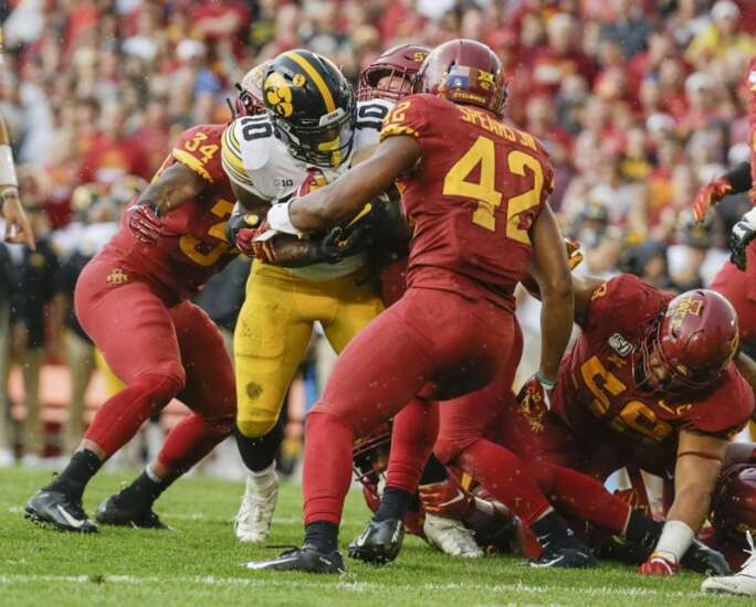 Pay for play? Iowa lawmakers propose college athletes be paid
