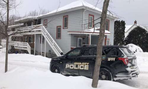 Iowa City police investigating homicide