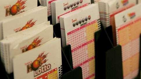 Police arrest 2 in alleged plot to defraud Iowa Lottery