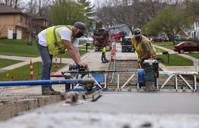 Cedar Rapids essential workers manage coronavirus risk to get the job done