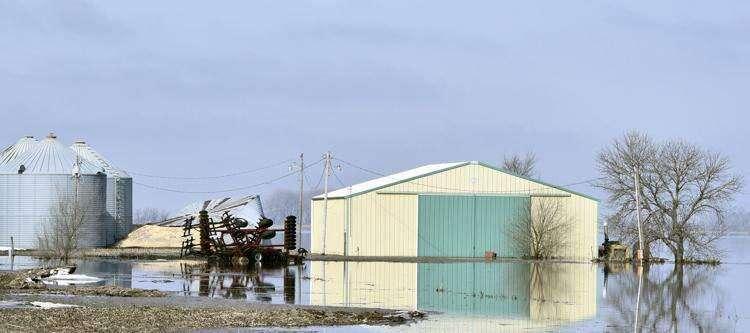 Overflowing manure tanks reported in western Iowa, Eastern Iowa on alert