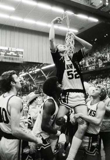 Photos: Former Iowa men's basketball coach Lute Olson through the years