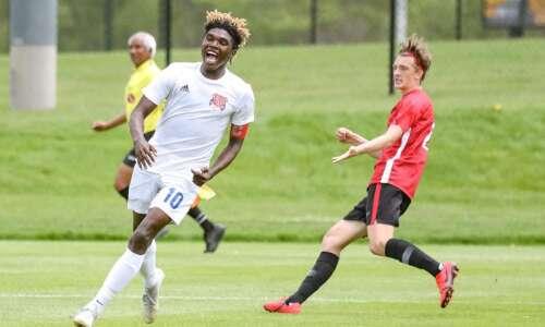 Keaton Woods delivers Cedar Rapids Washington boys' soccer to state…