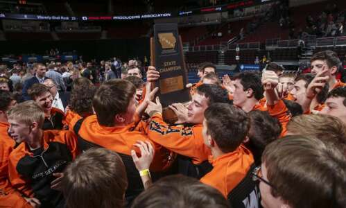 Iowa high school wrestling state duals 2021: Predictions, area team…