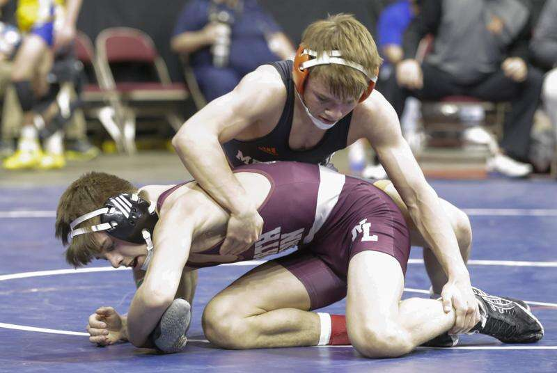 State wrestling notes: North Linn's Cael Bridgewater takes advantage of 2nd chance