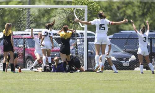 Center Point-Urbana blanked in girls' state soccer semifinals by North…