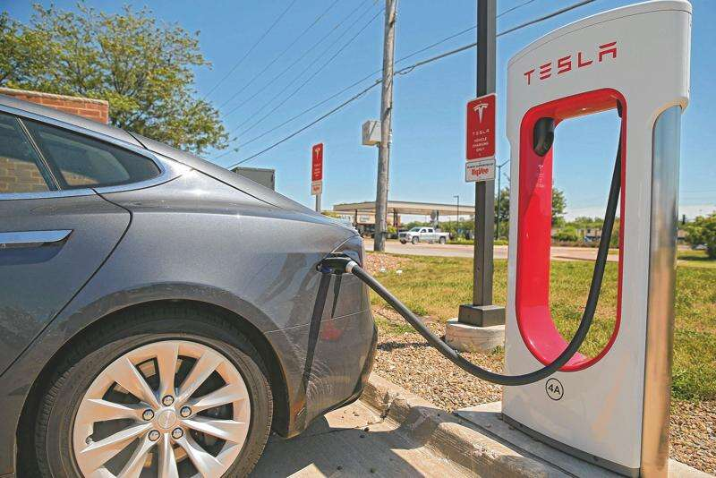 Iowa State Board allows sale of electric vehicle energy by the kilowatt-hour