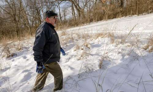 North Liberty moves forward with sewer line despite landowner's lawsuit