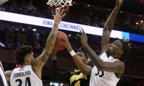 Iowa vs. Cincinnati: NCAA Tournament final score, stats, highlights