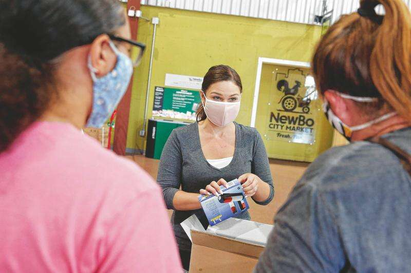 Rep. Abby Finkenauer calls for more pandemic relief now, not after election