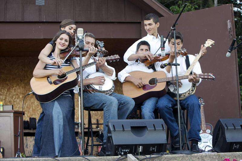 Eastern Iowa life: Bontrager Family Singers
