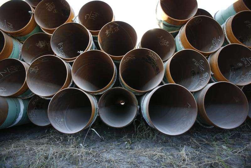 Group of landowners sues over Bakken pipeline