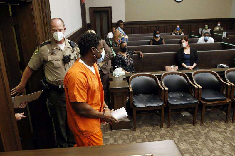 Family angry over plea deal for man who fatally shot two 18-year-olds in Cedar Rapids