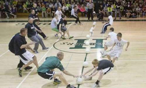 Video: Cedar Rapids Police, kids battle on dodgeball court