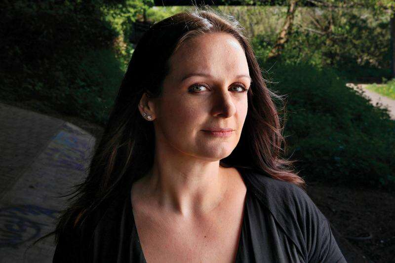 British author creates psychological thriller with narrator who suffers from amnesia