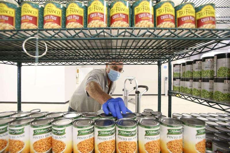 CommUnity opens second Iowa City food pantry