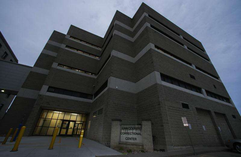 Linn County jail releasing inmates as COVID-19 cases rise in dormitory-style cells