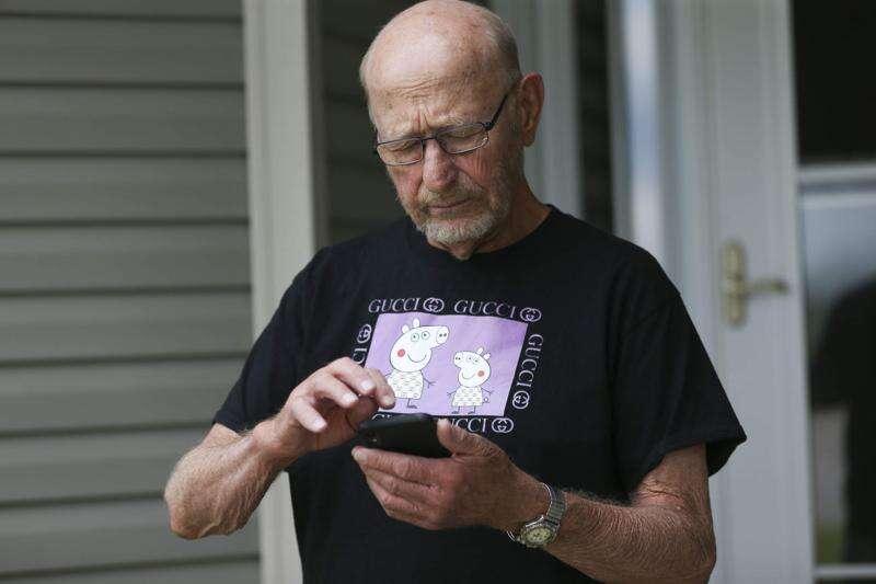 Older Iowans learn to navigate technology in coronavirus era