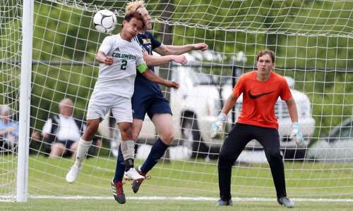 Iowa high school boys' state soccer 2019: Tuesday's championship scores,…