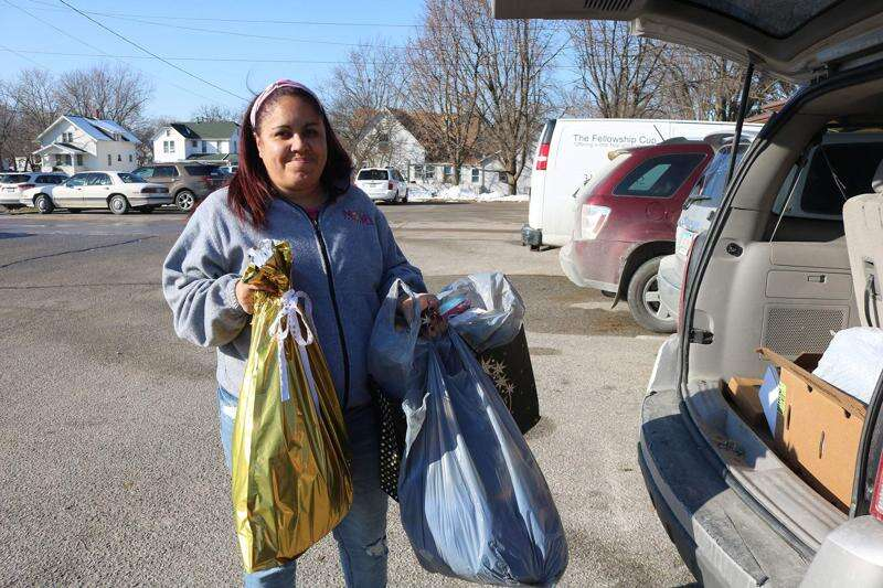 Mt. Pleasant feels 'giving spirit' Area organizations hosting toy drives to help others