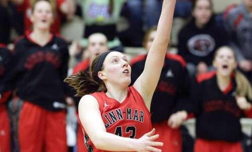 Girls' basketball roundup: No. 10 Linn-Mar opens with win
