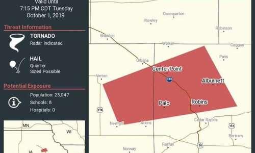 Tornado warning for Linn County, including Center Point, Robins
