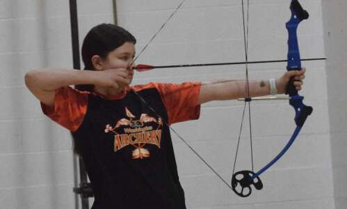 2 archers on target for Nationals