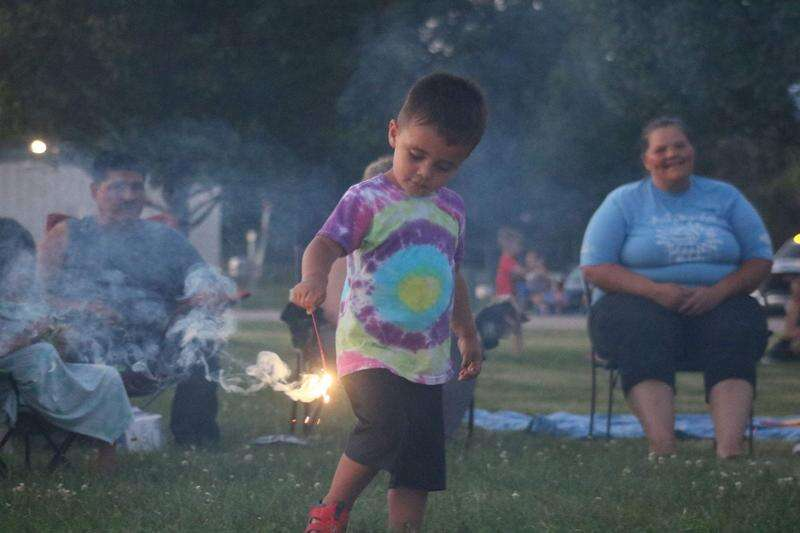 Mt. Pleasant fireworks draw people from area towns with canceled shows
