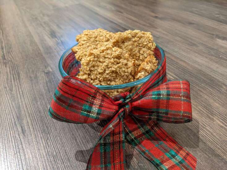 Easy dog treats to make as a gift for your favorite pup