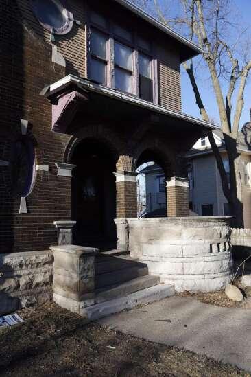 'Labor of love' Perkins House seeks local historic status
