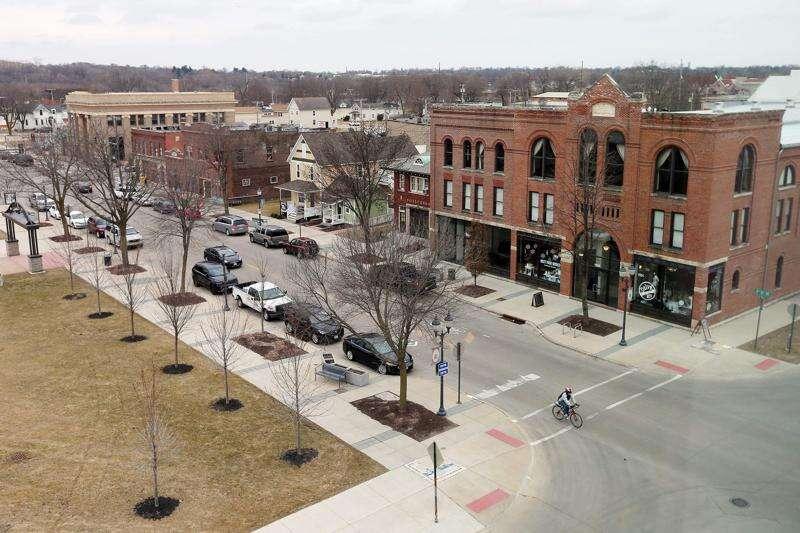 CSPS cancels event featuring Amara Andrews after Cedar Rapids Mayor Brad Hart warns director of losing funds