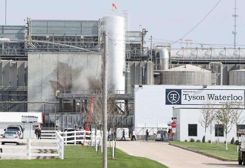 Tyson's largest pork plant readies to reopen