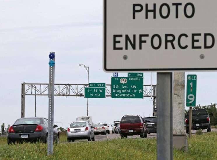 Cedar Rapids, Gatso questioned fairness of speed camera locations