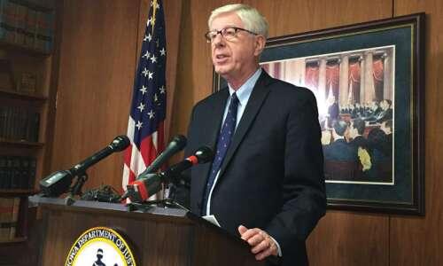 Iowa attorney general still supports e-cigarettes despite vaping illnesses, anti-tobacco…