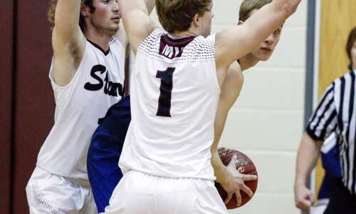Xavier brushes past Mount Vernon, 63-55, to set up another…