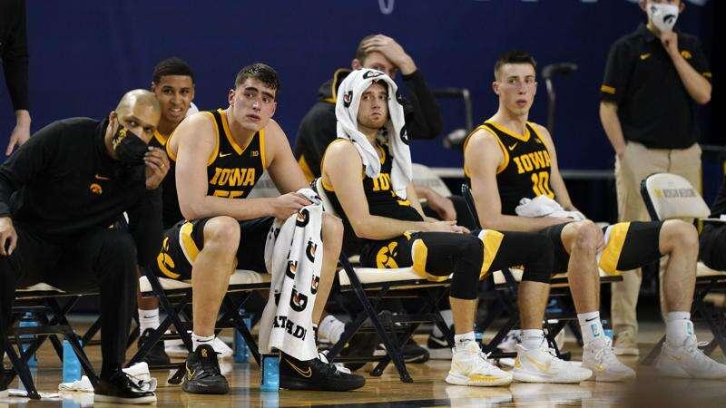 Without Jack Nunge, Iowa tries to rebound at Ohio State