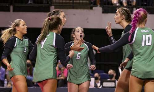 Osage sweeps away Mount Vernon's state volleyball repeat hopes