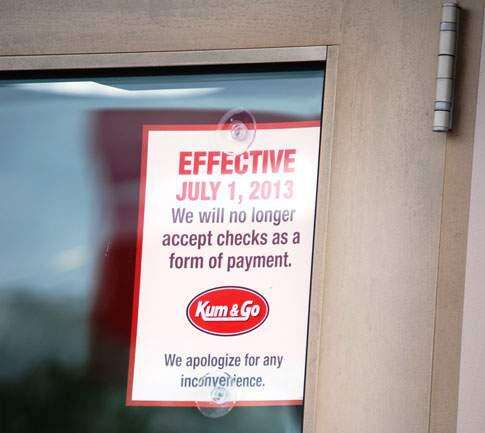 Des Moines-based Kum and Go will stop accepting checks at all locations