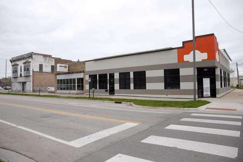 'Banjo block' project latest high-dollar pitch for Cedar Rapids