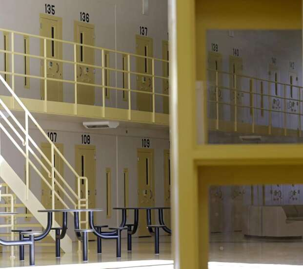 Iowa prison visits to restart in early July