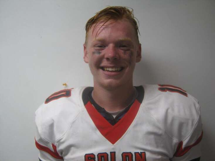 Solon scores 36 unanswered points in rout of fourth-ranked Washington