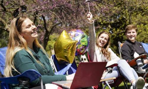 Iowa State holding special graduation for alumni impacted by COVID