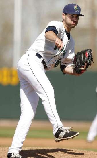 Kernels lose in 10 innings to Kane County, but pitcher Clark Beeker's scoreless streak grows