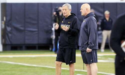 Ex-Iowa strength coach Chris Doyle joins Urban Meyer's Jacksonville Jaguars…
