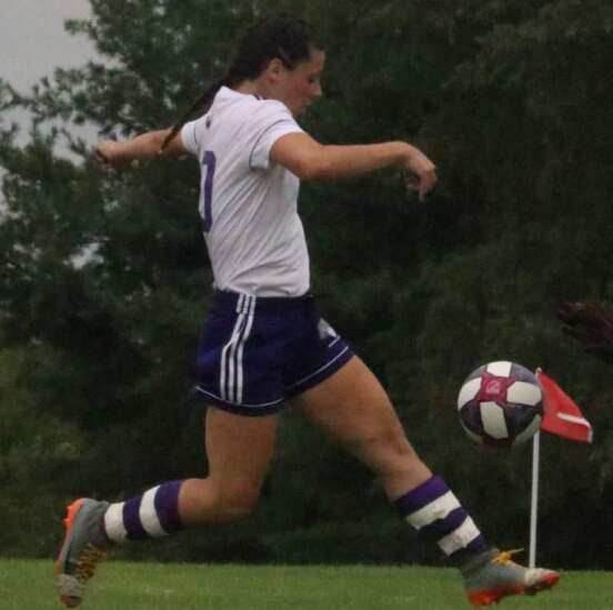Iowa Wesleyan blisters Blackburn in women's soccer opener