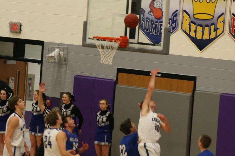 North Cedar boys' basketball topples Durant