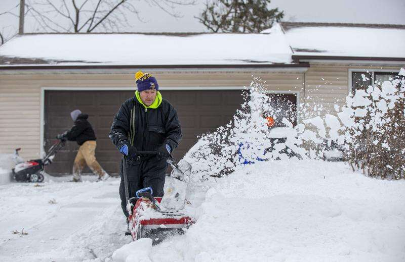 Photos: Eastern Iowa digs out of Tuesday's snow storm
