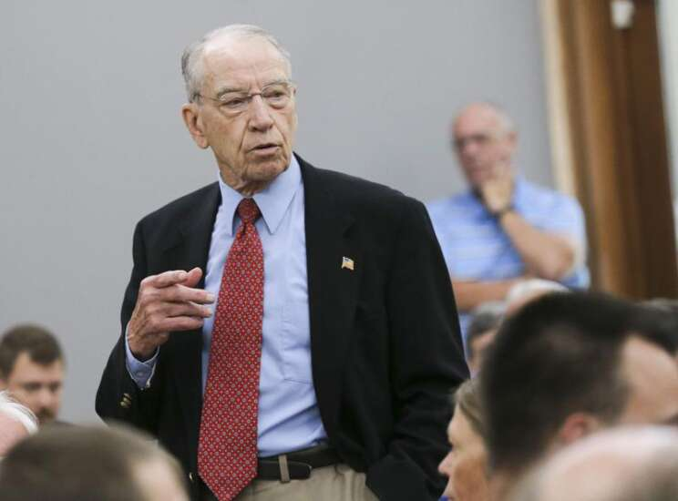 Sen. Chuck Grassley: Democratic effort to federalize elections is 'dead issue'