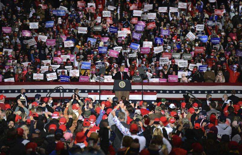 Watch live: President Trump holds rally in Des Moines at 6 p.m.