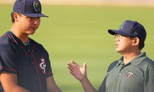More than a translator: Cedar Rapids Kernels pitcher Kai-Wei Teng…